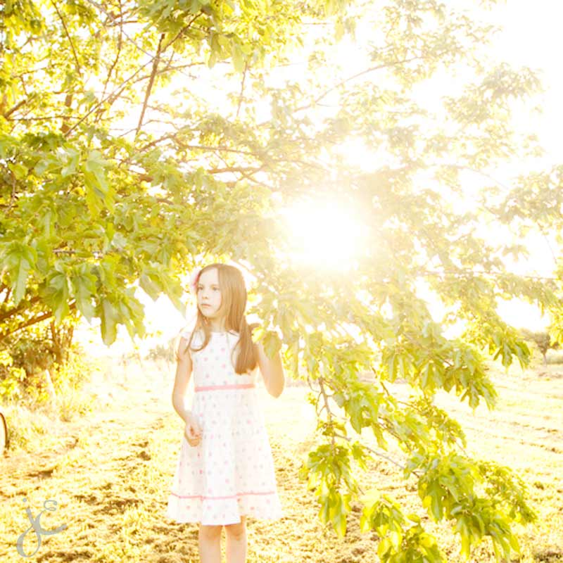 farm girl, white and pink dress, green, yellow